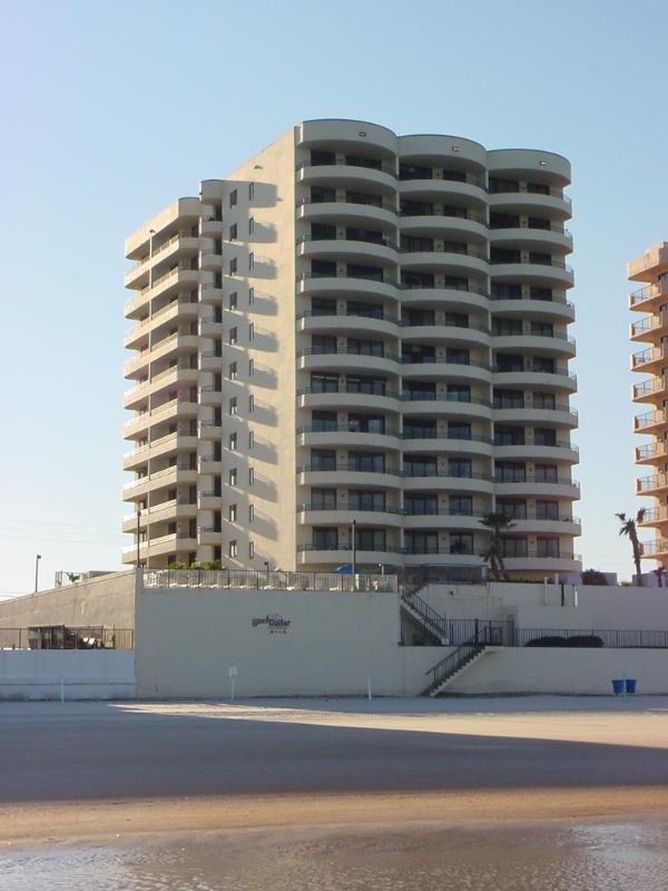 Ocean Front Sanddollar Condo - Daytona Beach Condo 2/2  BOTH OCEAN & RIVER VIEWS - Daytona Beach - rentals