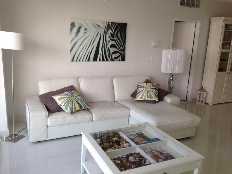 Condo Miami Vacation  - Ocean View - lux hollywood - Image 1 - Hollywood - rentals
