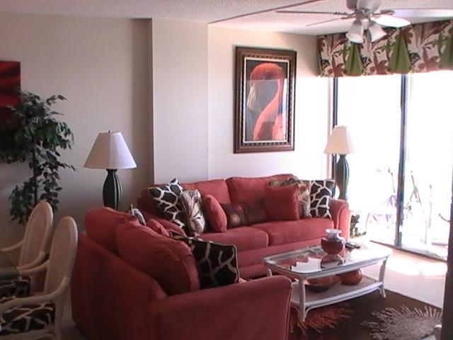 Living Area - Oceanfront Picturesque Condo Rental with a Terrace, Myrtle Beach - Myrtle Beach - rentals