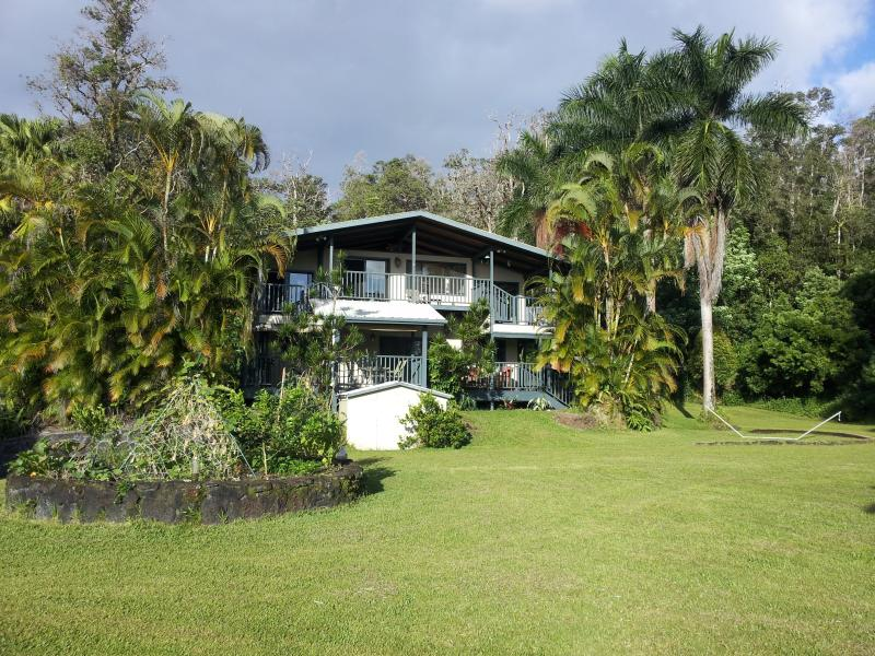 View of our home - Breathe in Beauty, Peace and Light - Pahoa - rentals