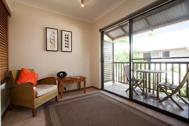 Living Room - Duel Key in Central Port Douglas - Port Douglas - rentals
