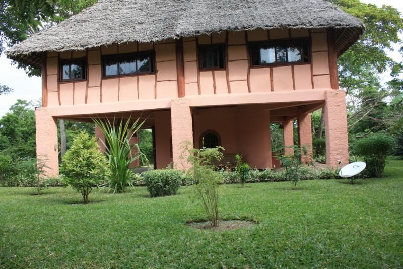 Diani Beach Cottages for Kenya holidays - 2 Bedroom Diani Beach Kenya Holiday Cottage with a pool in a secure compound 4pax - Ukunda - rentals