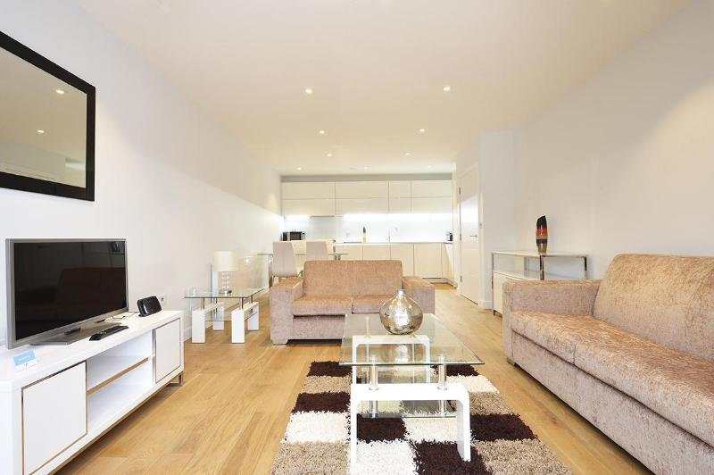 The Spitalfields 2 Bedroom 1 Bathroom Apartment - Image 1 - Islington - rentals