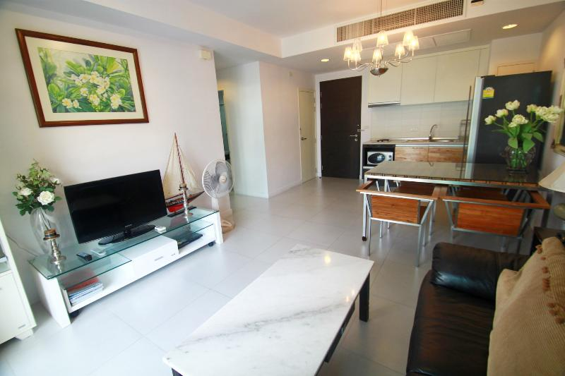Condo in Hua Hin city, Baan San Pluem - RFH000122 - Image 1 - Hua Hin - rentals