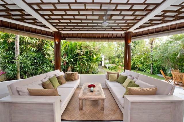 Living room 1 - Gorgeous, spacious villa w pool 5 mnt from Echo Be - Kerobokan - rentals