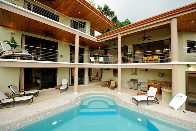 7 BD Villa in Manuel Antonio - Image 1 - Quepos - rentals