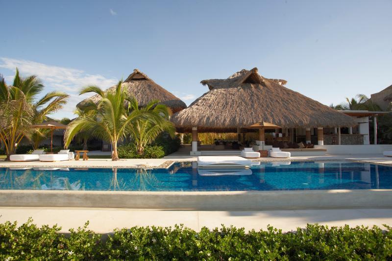 SWIMMING POOL - CASA INSPIRACION, One of the most exotic Villas - Barra de Colotepec - rentals