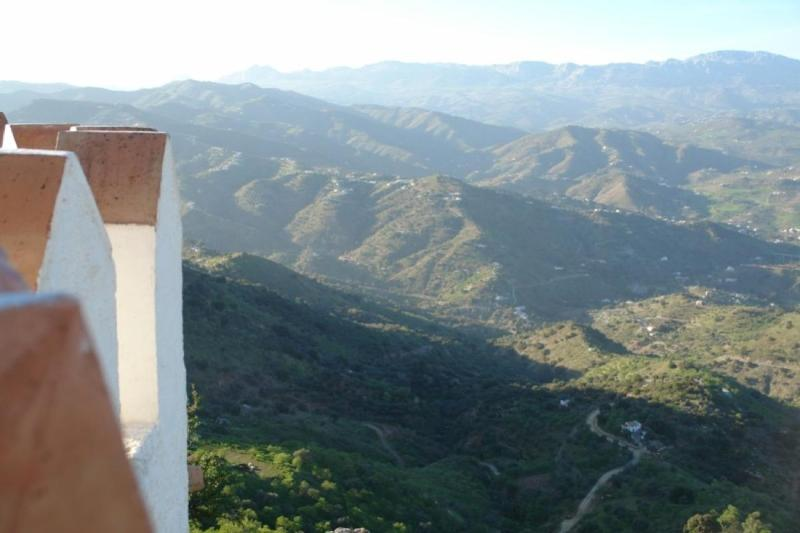 View from the wall - Casa la Molina 4 - Comares - rentals