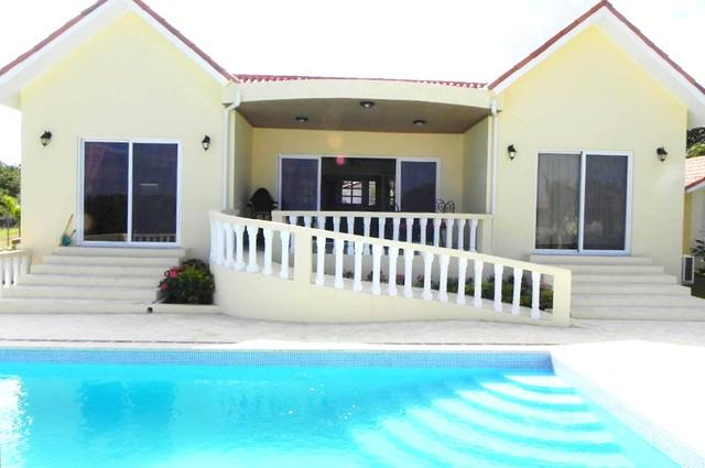 3BDR Villa: Large Pool, Double Parking, and Private! - Image 1 - Sosua - rentals