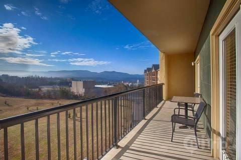 Mountain View Condo #3604 - Image 1 - Pigeon Forge - rentals
