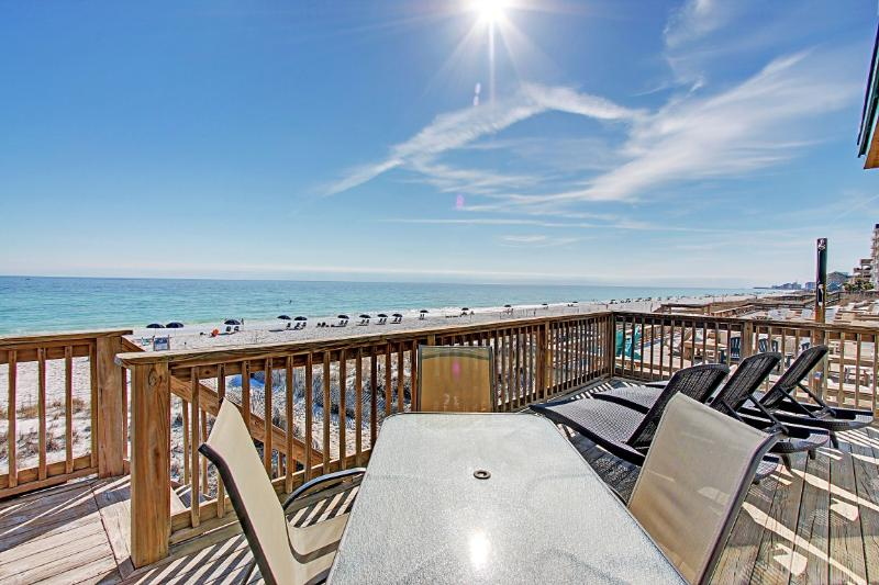 Good Day Sunshine - AVAIL 5/25-5/30! 5BR/5BA Beach FRONT. Beach Setups for 2-Crystal - Image 1 - Destin - rentals