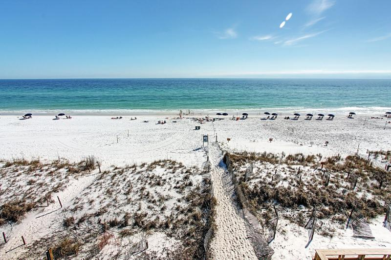 Pointe of View -5BR/5BA-BEACH SVC-AVAIL 9/22-10/3*Buy3Get1Free8/1-10/31*Crystal Beach - Image 1 - Destin - rentals