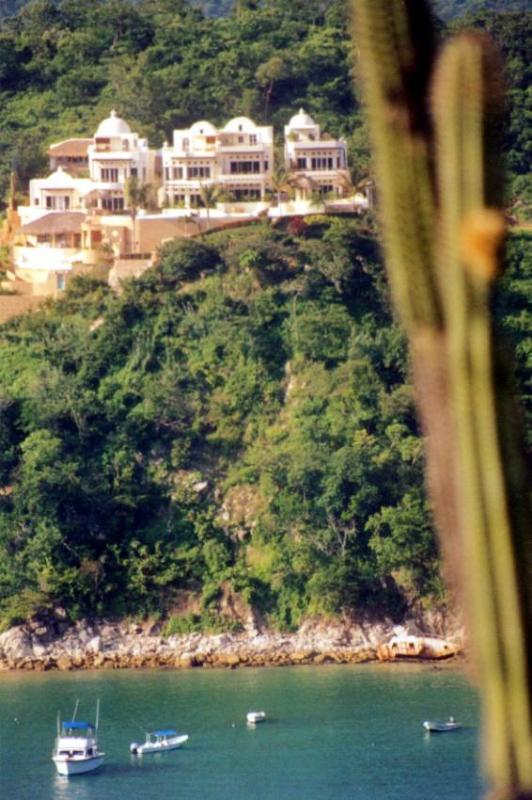 Sueno Real from across the bay - Spectacular Santa Cruz bay view - Sol y Luna 1 BR Penthouse - Huatulco - rentals