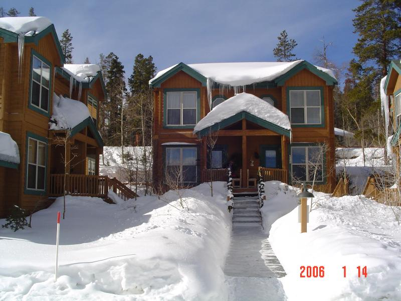 Great Mt location with five major ski areas and many summer activities. - Image 1 - Silverthorne - rentals