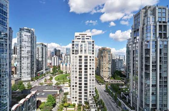 views from open balcony - Brand new fully furnished condo, heart of Yaletown - Vancouver - rentals