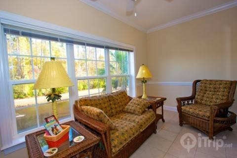 Tupelo Bay Honey!  Perfect 3br at Golf Course, Quick Beach Shuttle - Image 1 - Surfside Beach - rentals