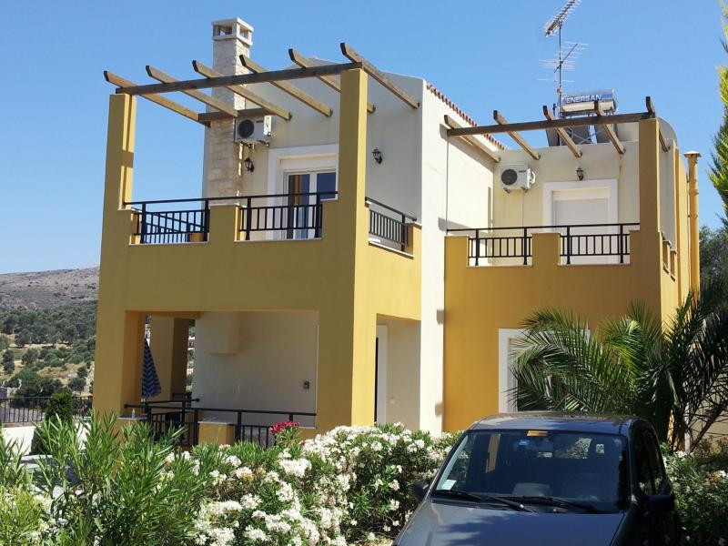 Villa Jenna - Luxury 4 Bedroom Villa on Greek island of Crete. - Rethymnon - rentals