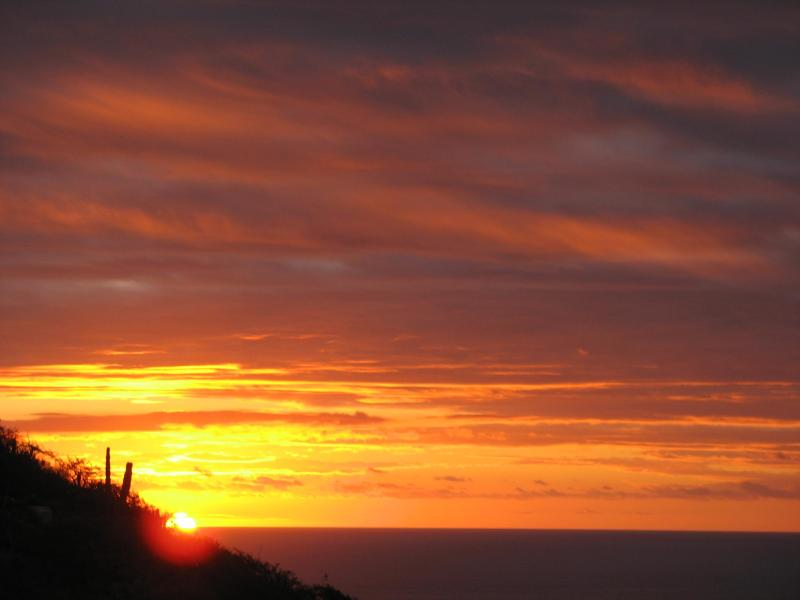 Sunrise view from house over pacific ocean - SAVE - Exceptional 3 Bed Villa overlooking Ocean - Los Barriles - rentals