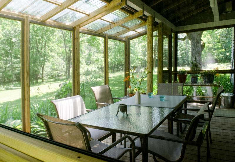 fully screened with speakers and lights - Renovated Artist's Farmhouse - Catskill - rentals