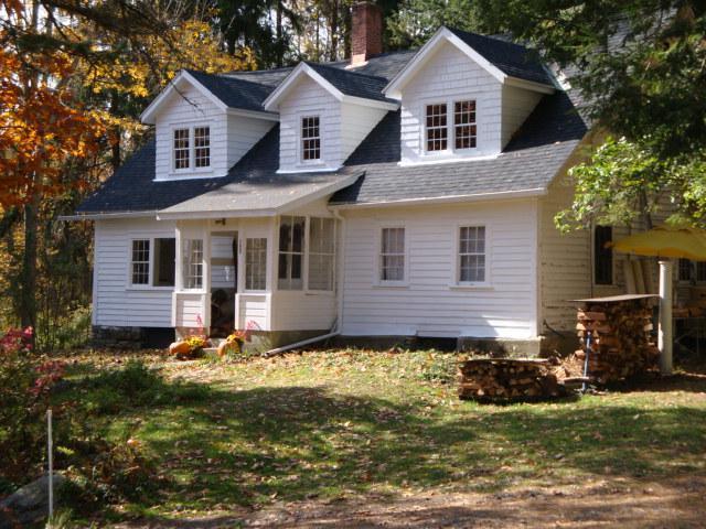 rustic Chestnut Lodge! vintage Berkshires home ! - Image 1 - Lee - rentals