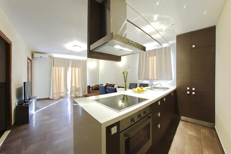 Luxury one-bedroom apartment with balcony - Image 1 - Zadar - rentals