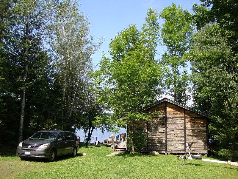 Back of cottage - Lakeview - A Waters Edge cottage - Commanda - rentals