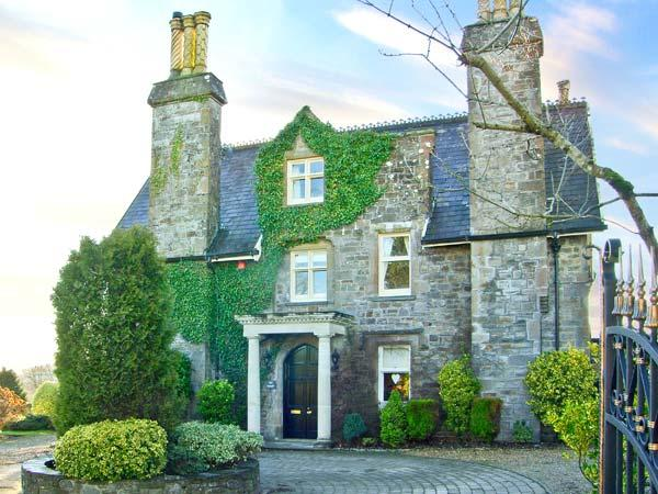 THE PRIORY, detached Grade II listed manor house, open fires, woodburner, orangery, large grounds, in Saundersfoot, Ref 26349 - Image 1 - Saundersfoot - rentals