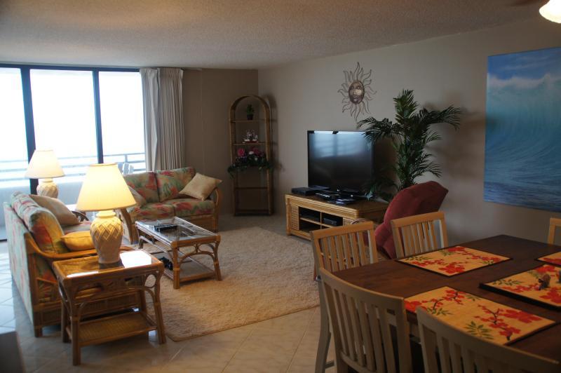 Main Living Area view from kitchen - Panoramic Ocean Views, Beach Bikes, Even 3D TV!!! - Daytona Beach - rentals