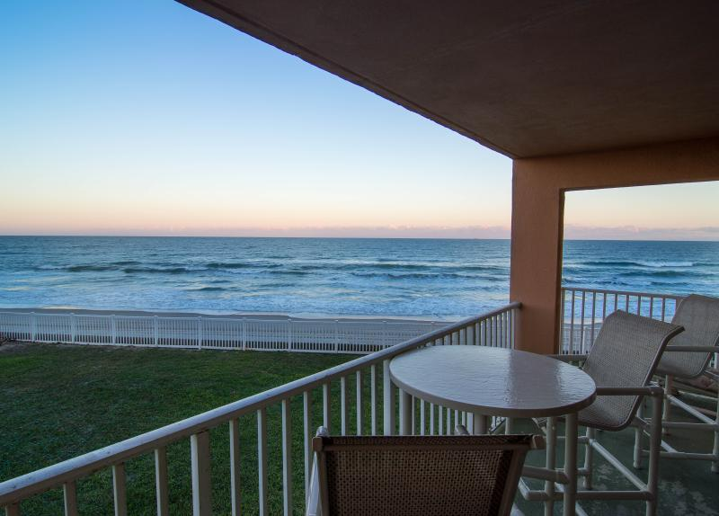 Private, double size, direct oceanfront balcony - Oceanfront...Large Corner Balcony..Renovated - Satellite Beach - rentals