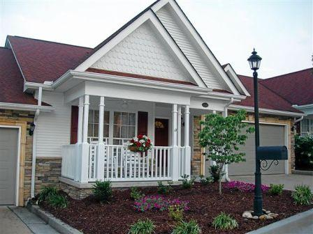 Beautiful front porch and garage - Deliciously Red - Sevierville - rentals