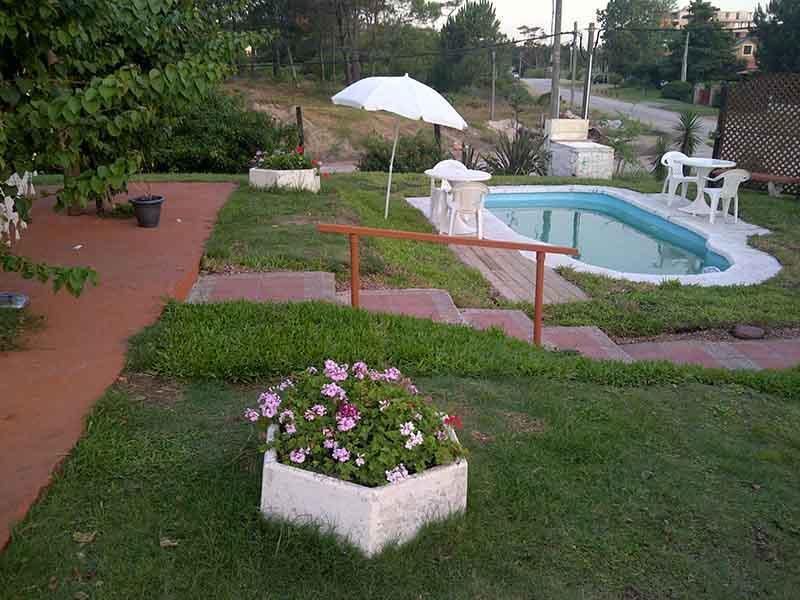 Punta del Este a 1 cuadra playa mansa 3dorm+2baños+piscina+canchita futbol - Image 1 - Durazno Department - rentals