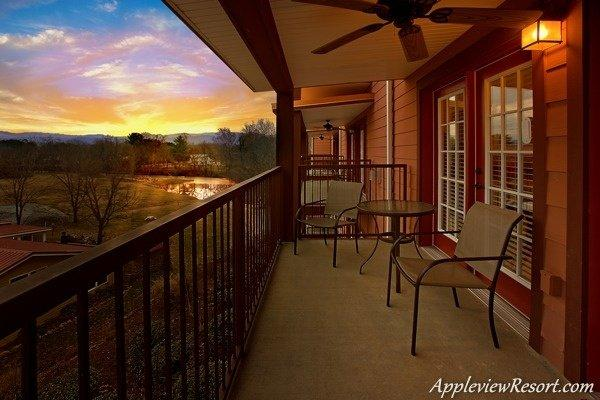 Incredible Mountain and River Views - Suite Apple - Sevierville - rentals