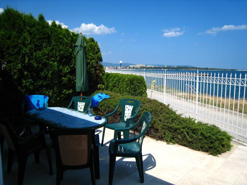 Terrace seawiev ;) - 1st line seawiev, private terrace, balconies, Oasi - Ravda - rentals
