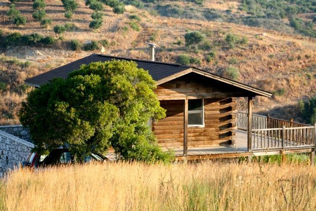 The house - ROMANTIC,  ELEGANT AND HAND MADE LOG HOUSE - Koroni - rentals