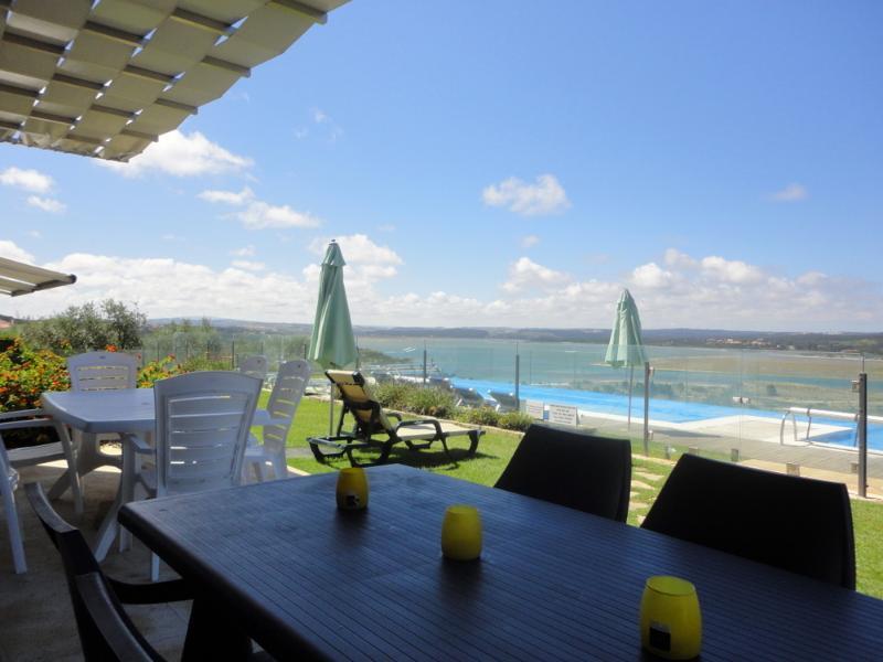 Living room's terrace - Portugal luxury villa, family friendly, 12 sleeps - Foz do Arelho - rentals