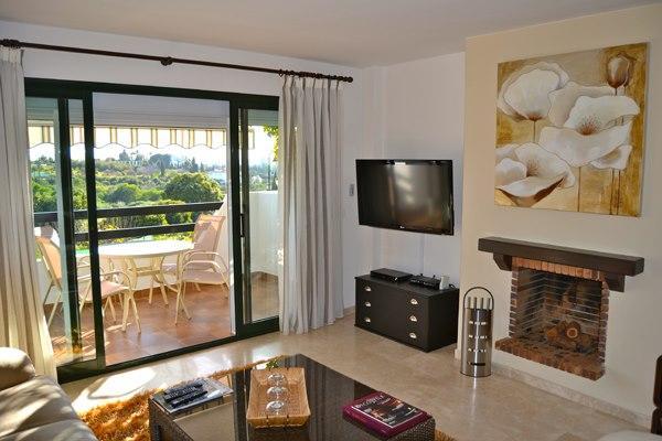 Apartment near Selwo Estepona - Image 1 - Estepona - rentals