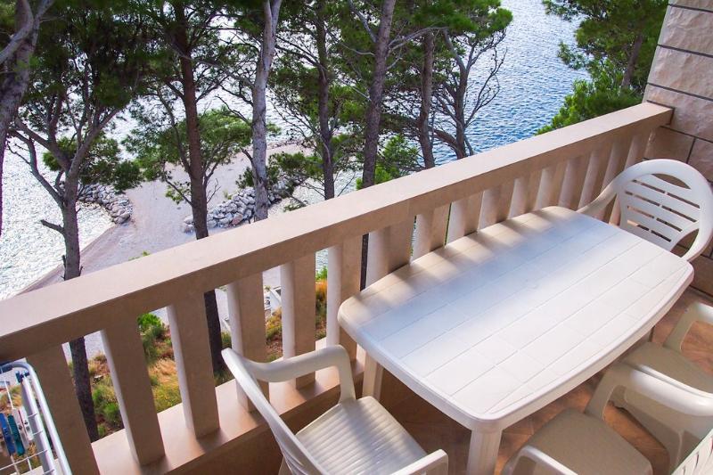 Frontbeach Studio Apartment BRDRAZ-A5(2+2) - Brela - Image 1 - Brela - rentals