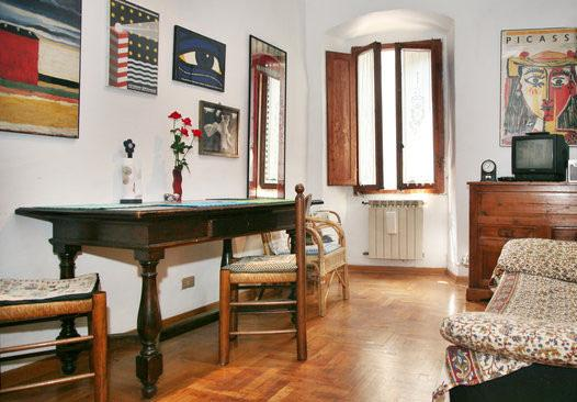 Living Room - Cozy Apartment at Porta Romana in Florence - Florence - rentals
