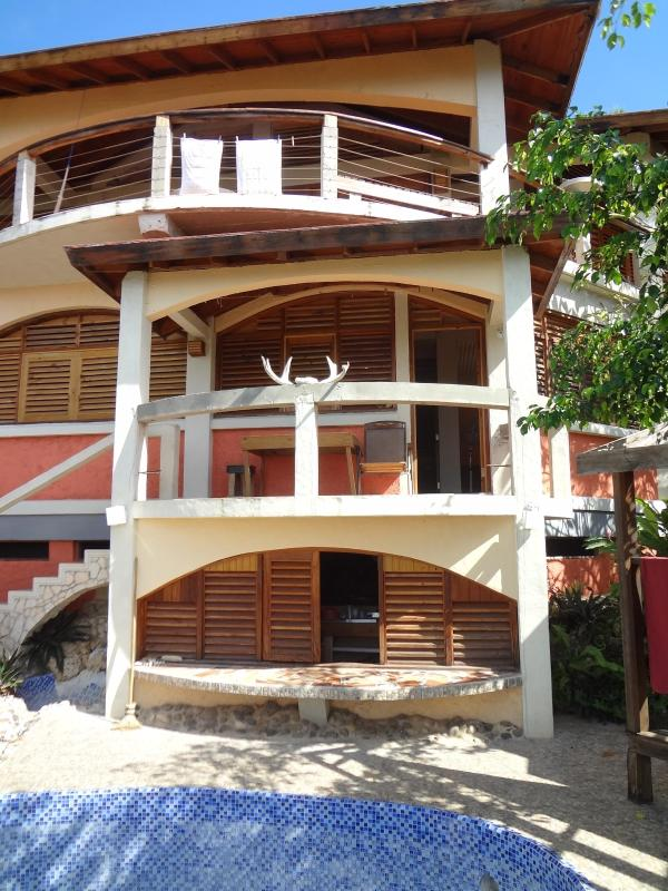 View of villa from the front - Jim's Place - Jamaica - Savanna La Mar - rentals
