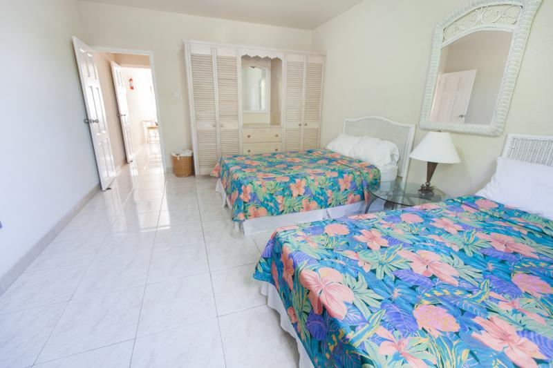 Bedroom - Spacious a/c 1 bed nr beach-Apt 5 Balcony Rock - Dover - rentals