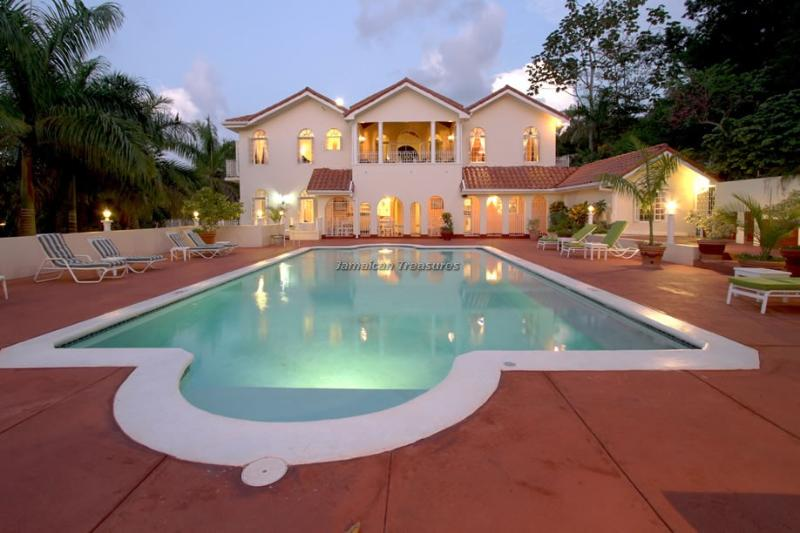 BEACH CLUB! POOL! BUTLER! LARGE LUXURY!Summerhill - Image 1 - Rose Hall - rentals