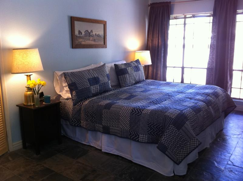 Master Bedroom - Ground Floor, Poolside, Biltmore Condo - Phoenix - rentals