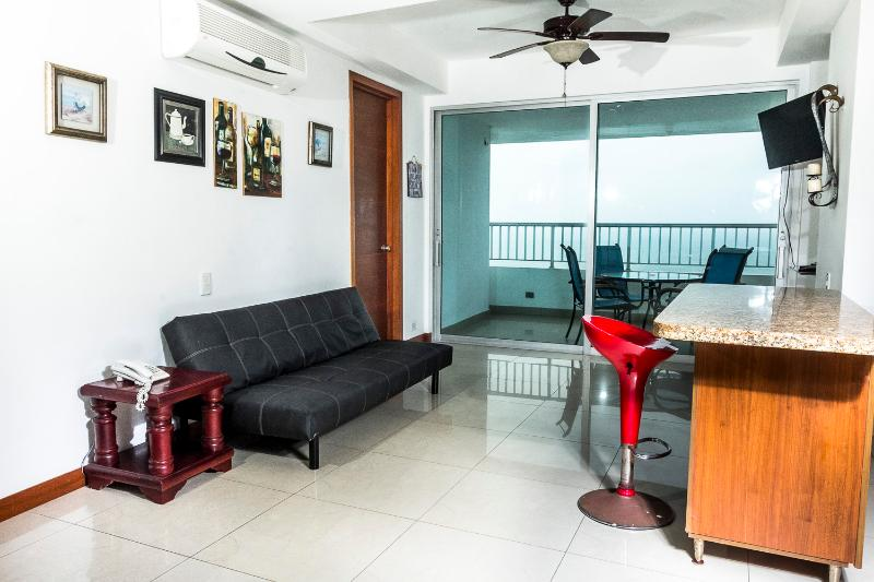 Sala Comedor - Palmetto,  Beautiful Beach Front Apartment - Cartagena - rentals