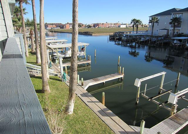 Patio view - Waterfront Condo that overlooks the pool & close to Schlitterbahn - Corpus Christi - rentals