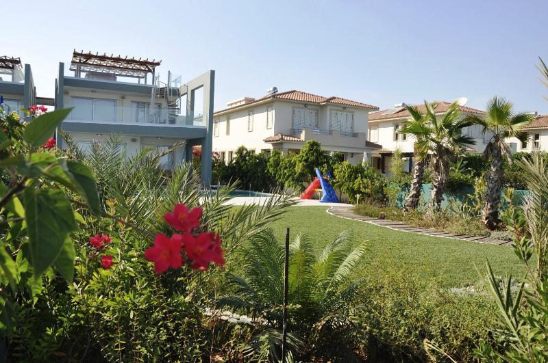 APARTMENT GINA WITH POOL - Image 1 - Pervolia - rentals