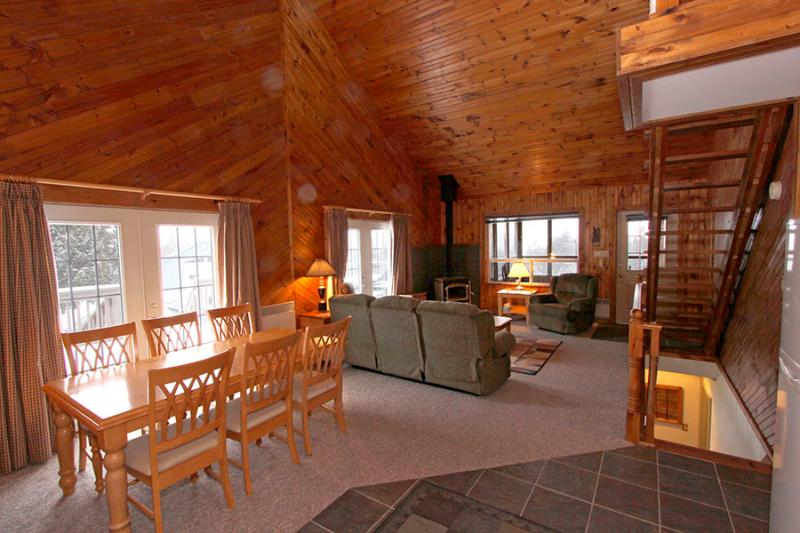 Russet Hill House cottage (#812) - Image 1 - Owen Sound - rentals
