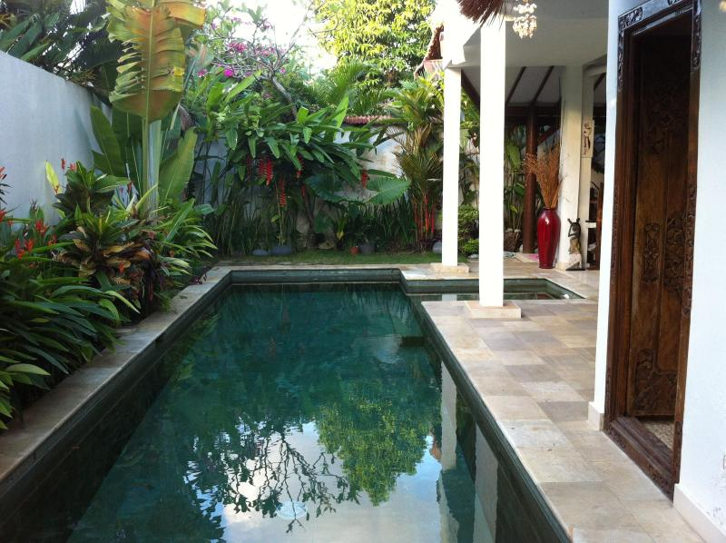 refresh pool - Villa Private, 2 bdr, Quiet at Séminyak Center - Seminyak - rentals