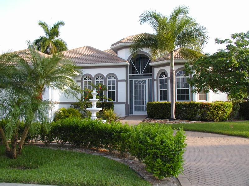 Exterior 1 - Außenansicht 1 - Beautiful vacation home & boat in sunny Cape Coral - Cape Coral - rentals
