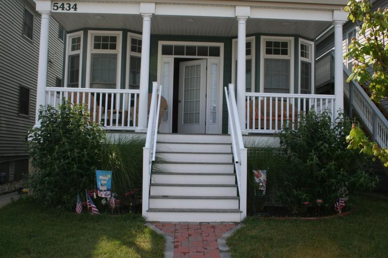Front Porch - Beautiful Ocean City Southend1st Floor Condo renta - Ocean City - rentals