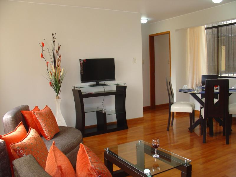 Living-Dining - FULLY FURNISHED 2-BEDROOM APARTMENT MIRAFLORES 201 - Lima - rentals